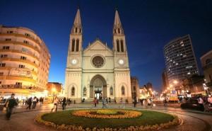 Catedral Basílica Menor, localizada no Centro Histórico de Curitiba
