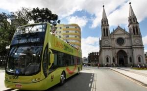 Linha Turismo, turistas conhecem as principais atrações de Curitiba